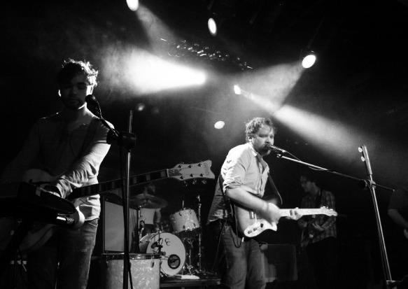 11.Nov.10 - LIVE: FRIGHTENED RABBIT