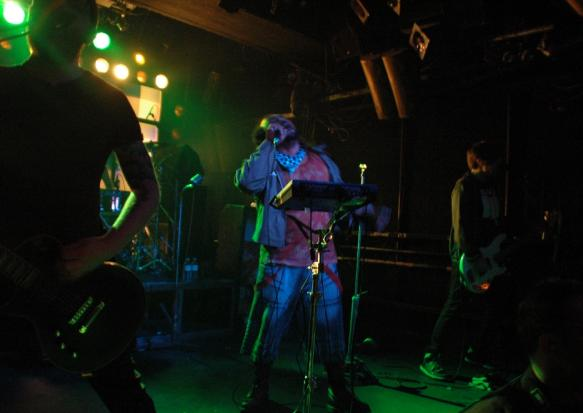 28.Feb.10 - LIVE: SKINDRED